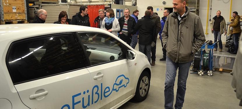 Car—Sharing mit Elektroautos auf dem Land – Dritter Energiestammtisch als Exkursion nachFüßbach